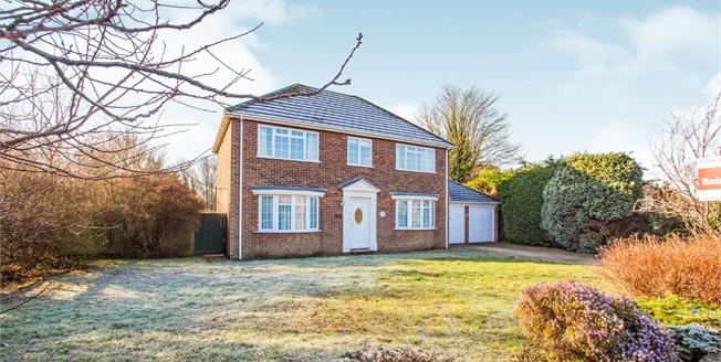 Guide Price £550,000, 4 Bedroom Detached House For Sale in Bridge, CT4
