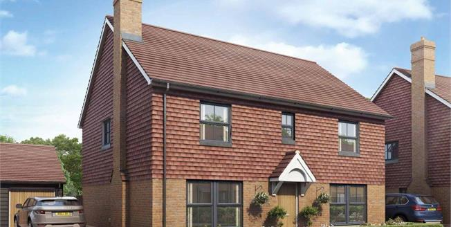 £585,000, 5 Bedroom House For Sale in Kent, TN25