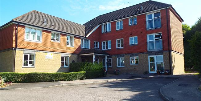 Asking Price £165,000, 2 Bedroom For Sale in Canterbury, CT1