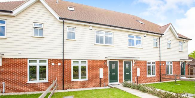 Guide Price £290,000, 3 Bedroom Terraced House For Sale in Canterbury, CT1