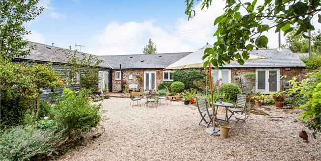 Guide Price £600,000, 3 Bedroom Detached House For Sale in Elham, CT4