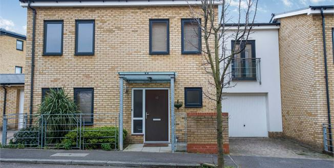 Asking Price £360,000, 3 Bedroom Terraced House For Sale in Greenhithe, DA9