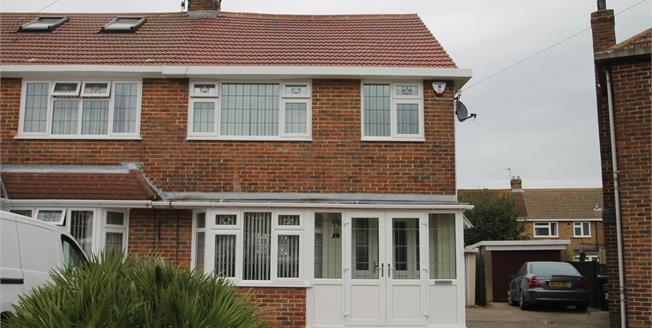 Guide Price £350,000, 4 Bedroom Semi Detached House For Sale in Dartford, DA2