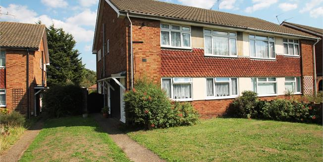 Offers in excess of £260,000, 2 Bedroom Maisonette For Sale in Crayford, DA1