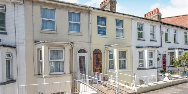 Guide Price £170,000, 2 Bedroom Terraced House For Sale in Dover, CT16
