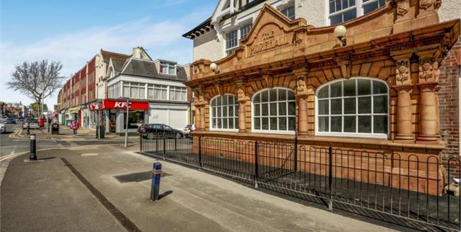 £135,000, 1 Bedroom Flat For Sale in Folkestone, CT19