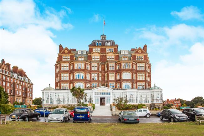 3 bedroom flat for sale in folkestone for asking price 425000 folkestone ct20 asking price 425000 approximate monthly repayment solutioingenieria Gallery