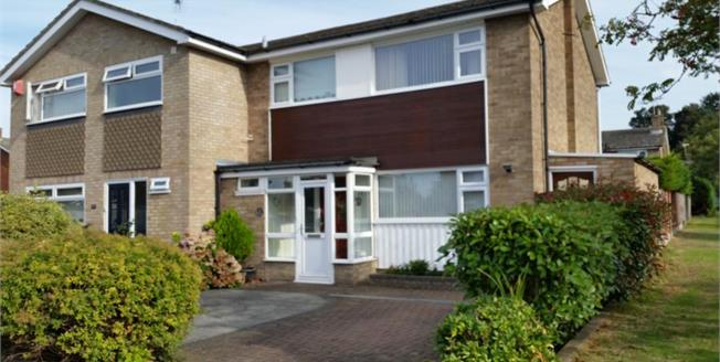 Asking Price £280,000, 3 Bedroom Semi Detached House For Sale in Faversham, ME13