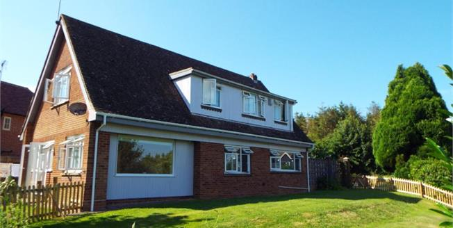 Guide Price £475,000, 4 Bedroom Detached House For Sale in Doddington, ME9