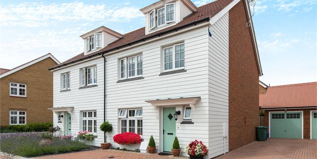 Guide Price £400,000, 4 Bedroom Semi Detached House For Sale in Faversham, ME13