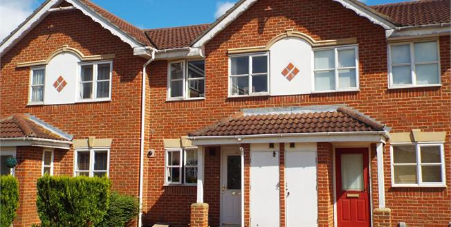 Guide Price £240,000, 2 Bedroom Terraced House For Sale in St. Marys Island, ME4