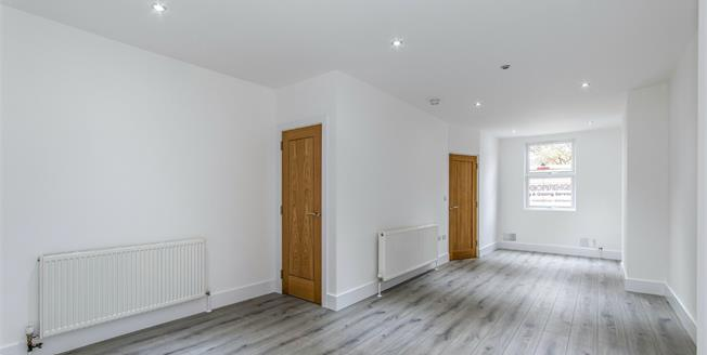 Guide Price £300,000, 3 Bedroom Terraced House For Sale in Borough Green, TN15
