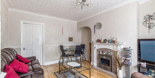 Guide Price £230,000, 3 Bedroom Terraced House For Sale in Gravesend, DA12