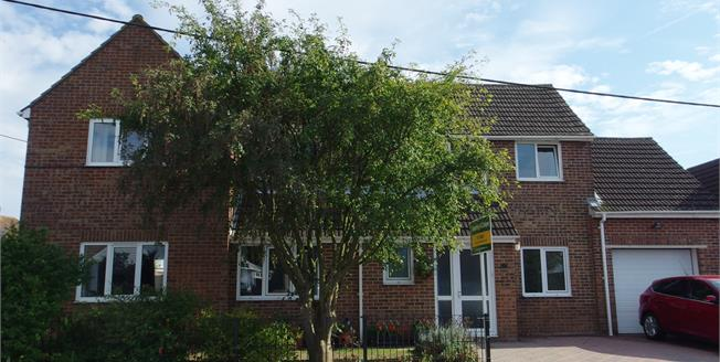 Asking Price £425,000, 4 Bedroom Detached House For Sale in Whitfield, CT16