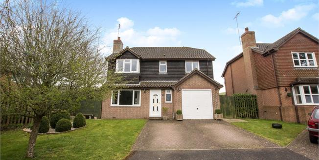 Asking Price £425,000, 4 Bedroom Detached House For Sale in Alkham, CT15
