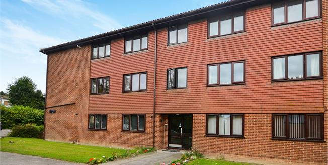 Offers in excess of £170,000, 2 Bedroom Flat For Sale in River, CT16