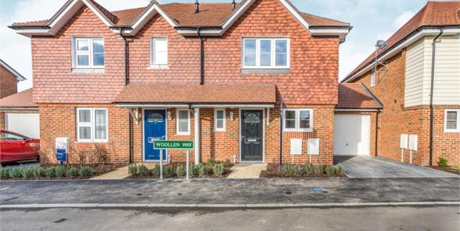 £322,500, 2 Bedroom Semi Detached House For Sale in Headcorn, TN27
