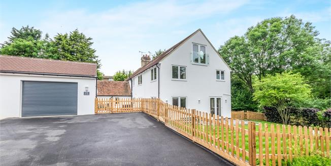 Asking Price £575,000, 4 Bedroom For Sale in Hollingbourne, ME17