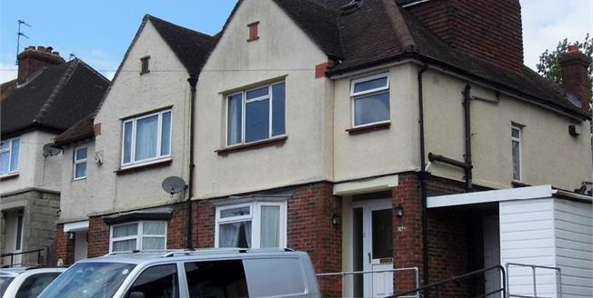 £275,000, 3 Bedroom Semi Detached House For Sale in Maidstone, ME15