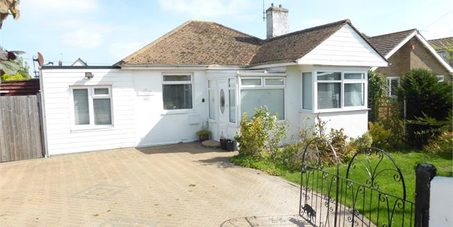 Guide Price £250,000, 3 Bedroom Detached Bungalow For Sale in St. Marys Bay, TN29