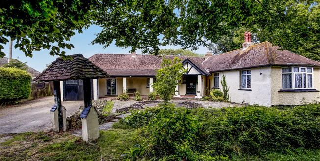 Guide Price £370,000, 4 Bedroom Detached Bungalow For Sale in Dymchurch, TN29