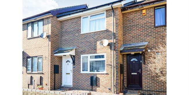 Guide Price £180,000, 2 Bedroom Terraced House For Sale in Lydd, TN29