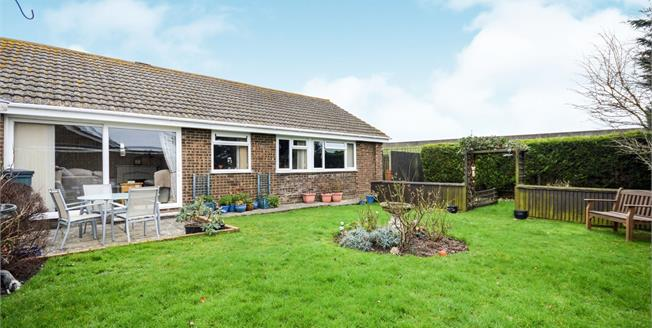 Asking Price £325,000, 3 Bedroom Detached Bungalow For Sale in Dymchurch, TN29