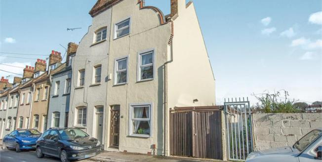 Guide Price £240,000, 3 Bedroom End of Terrace For Sale in Rochester, ME1