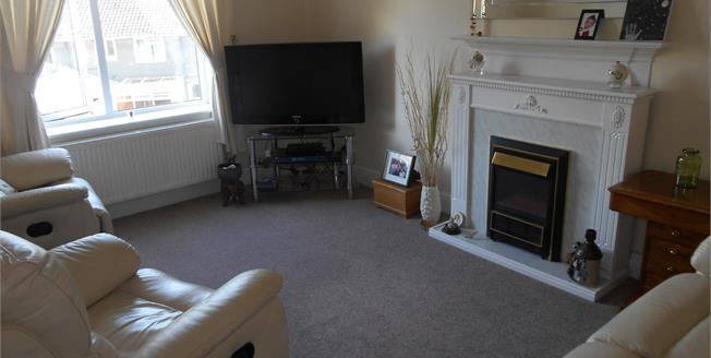 Offers in excess of £185,000, 2 Bedroom Flat For Sale in Sittingbourne, ME10