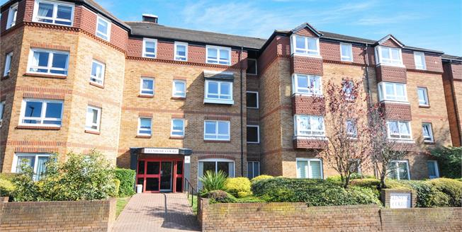 Offers in excess of £139,995, 1 Bedroom Flat For Sale in Sidcup, DA14