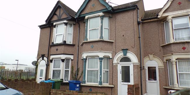 Guide Price £140,000, 3 Bedroom Terraced House For Sale in Sheerness, ME12