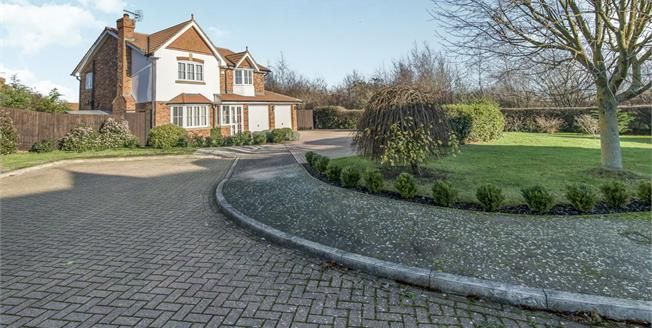 Asking Price £500,000, 4 Bedroom Detached House For Sale in Eastchurch, ME12