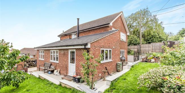 Asking Price £345,000, 3 Bedroom Detached House For Sale in Warden, ME12