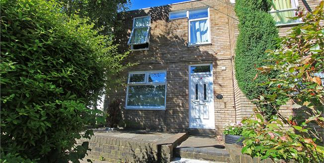 Guide Price £425,000, 4 Bedroom Terraced House For Sale in London, SE26