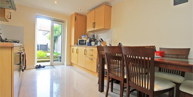 Guide Price £650,000, 4 Bedroom Terraced House For Sale in London, SE26