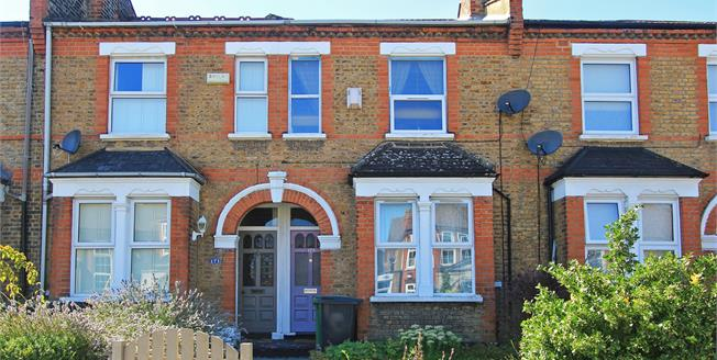 Guide Price £600,000, 3 Bedroom Terraced House For Sale in London, SE23