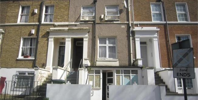 £600,000, 5 Bedroom Terraced House For Sale in London, SE18
