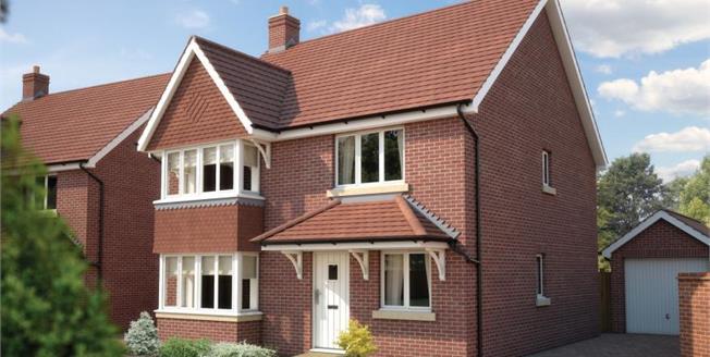 £499,950, 4 Bedroom Detached House For Sale in Bursledon, SO31