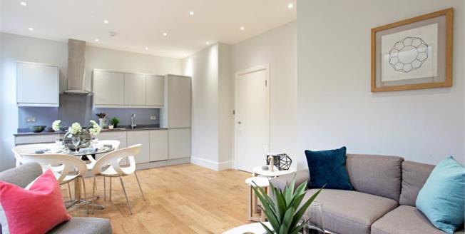 £260,000, 1 Bedroom Flat For Sale in Windsor, SL4
