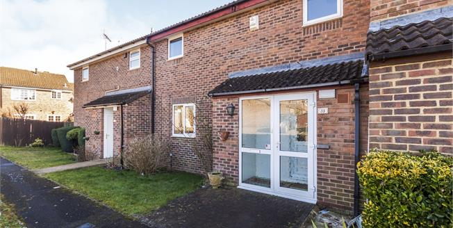 Guide Price £325,000, 3 Bedroom Terraced House For Sale in Bracknell, RG12