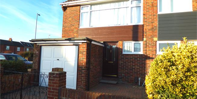 Asking Price £224,995, 3 Bedroom Semi Detached House For Sale in Gosport, PO12