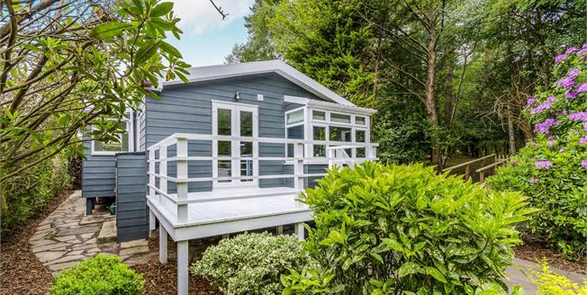 Offers in excess of £199,950, 2 Bedroom Detached Bungalow For Sale in Lyndhurst, SO43