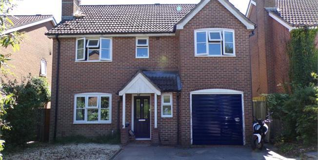£339,995, 4 Bedroom Detached House For Sale in Alderholt, SP6