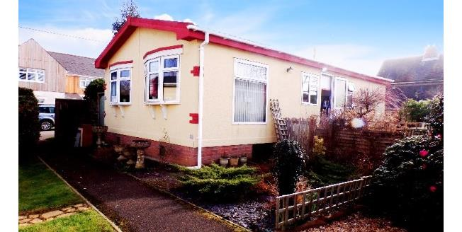 Guide Price £155,000, 2 Bedroom Detached House For Sale in Ringwood, BH24