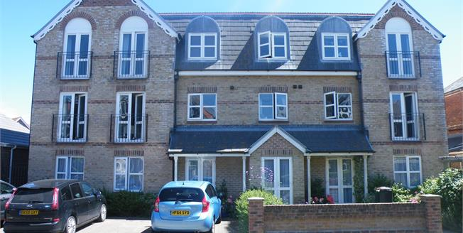 Offers Over £170,000, 2 Bedroom Flat For Sale in Weymouth, DT4