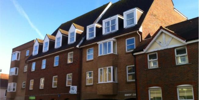 Offers in excess of £68,000, 1 Bedroom Flat For Sale in Newport, PO30