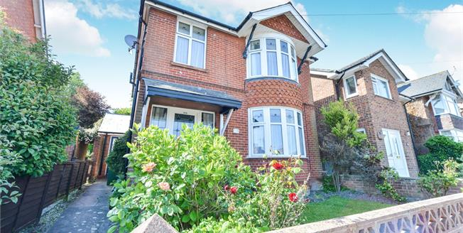 Offers in excess of £220,000, 3 Bedroom Detached House For Sale in Newport, PO30