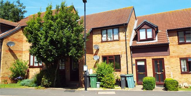 Asking Price £85,000, 1 Bedroom Maisonette For Sale in Newport, PO30