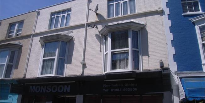 Asking Price £73,000, 1 Bedroom Upper Floor Flat For Sale in Isle of Wight, PO33