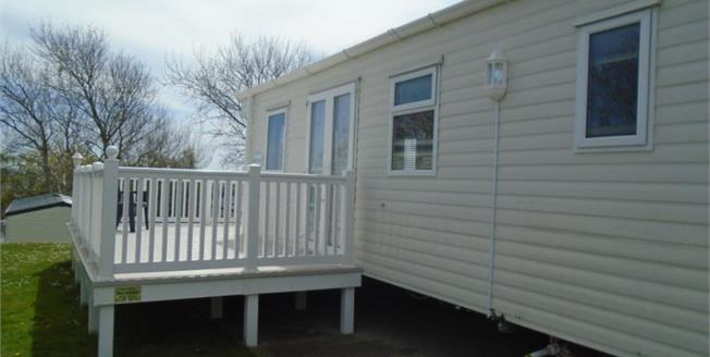 £29,995, 2 Bedroom Mobile Home For Sale in St. Helens, PO33